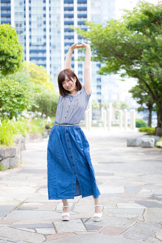 AnnaOkura-11.JPG