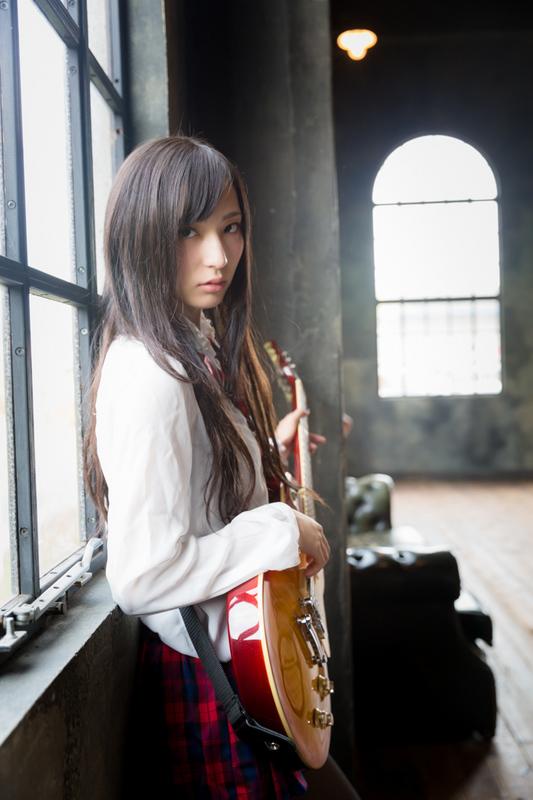 MizukiAragaki_zero-2.jpg