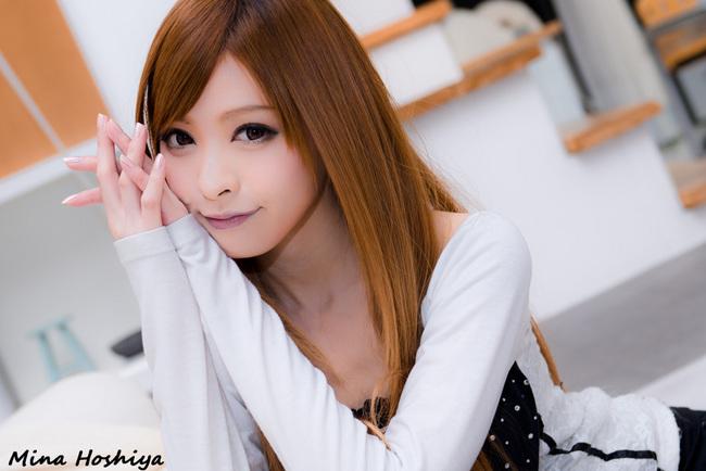 hoshiya-mina-400.jpg